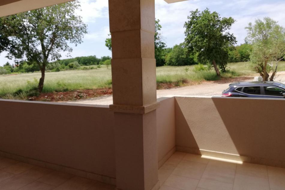 Überdachte größe loggia 12m2 + überdachte Balkon 4m2