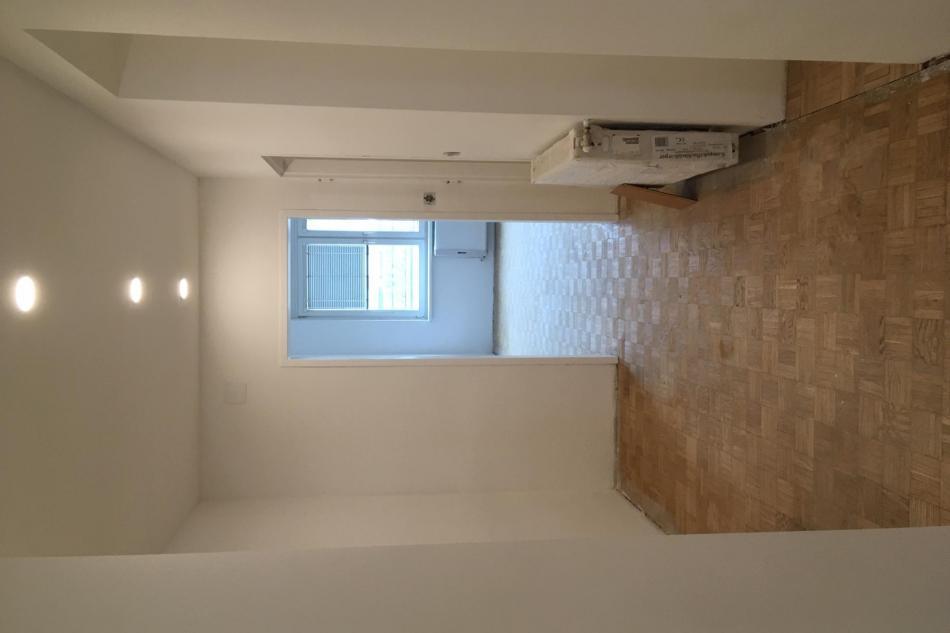 Vorzimmer mit Parkettboden